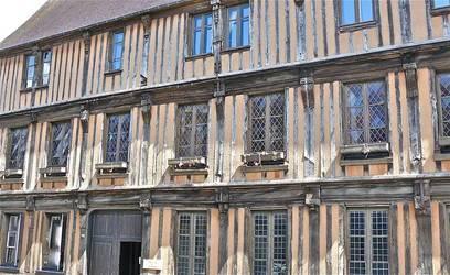 Verneuil-Sur-Avre (27130)