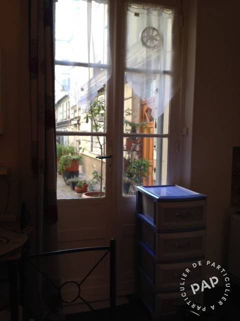 Location appartement studio Paris 10e