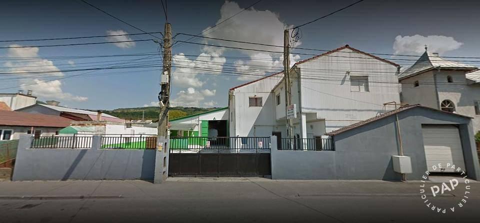 Vente et location Local commercial . 1.670m² 400.000€