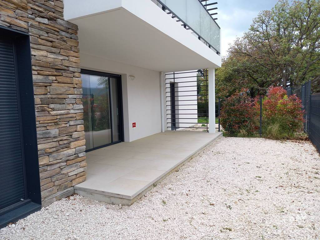 Vente Appartement Neuf - En Rez De Jardin - Saint-Cyr-Sur-Mer 44m² 267.000€