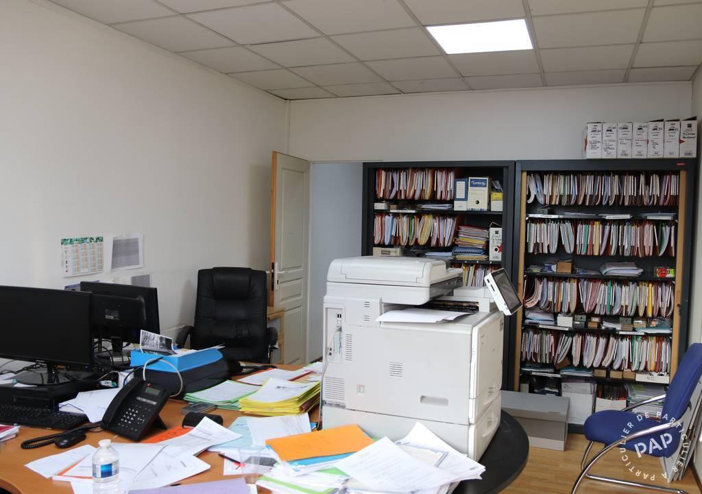 Bureaux, local professionnel Cergy (95800) 605€