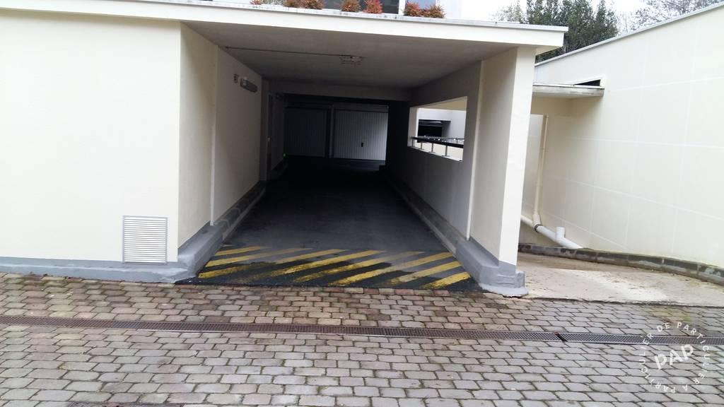 Garage, parking Reims (51100) 90€