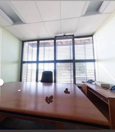 Bureaux, local professionnel Fréjus (83370) - 34m² - 130.000€