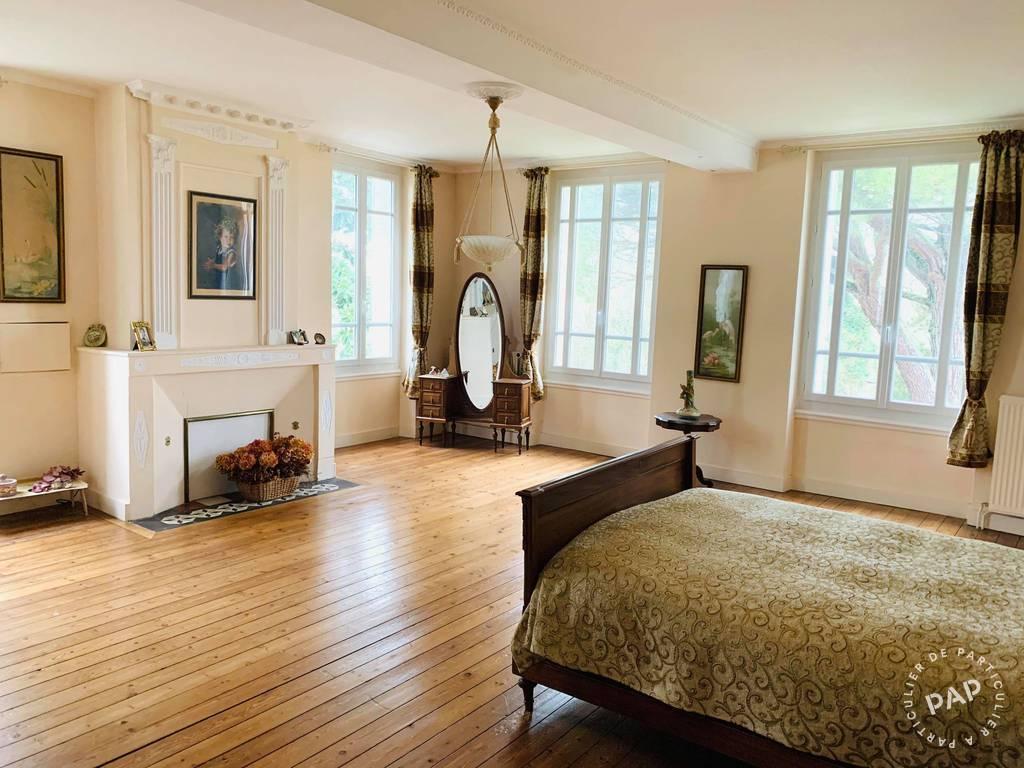 Vente immobilier 540.000€ Les Églisottes-Et-Chalaures (33230)