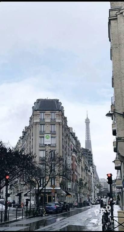 Vente et location Local commercial Paris 15E (75015) 22m² 1.400€