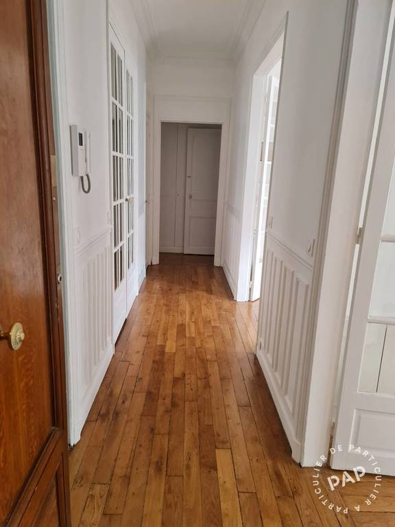 Location appartement 4 pièces Paris 15e