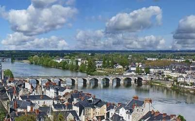 Saumur (49400)