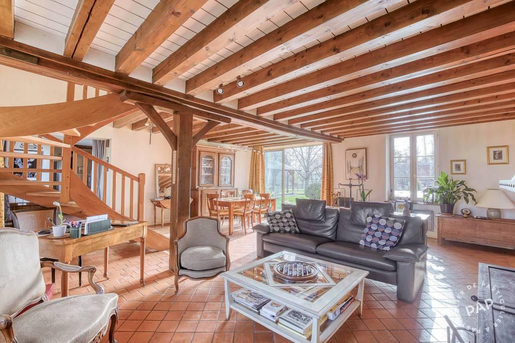 Maison 590.000€ 255m² Fay-Aux-Loges