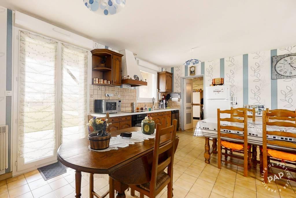 Vente immobilier 150.000€ A 30 Km De Niort.