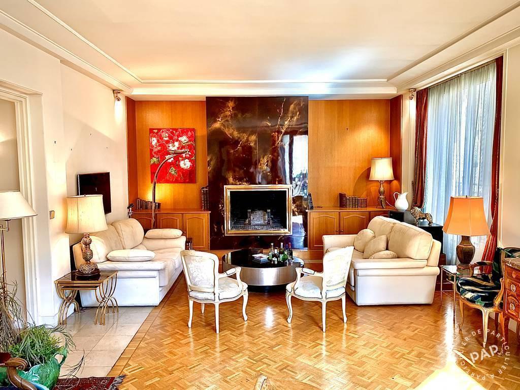 Location appartement 5 pièces Paris 3e
