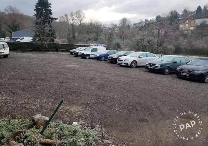 Location Garage, parking Montreuil-Aux-Lions (02310)  100€
