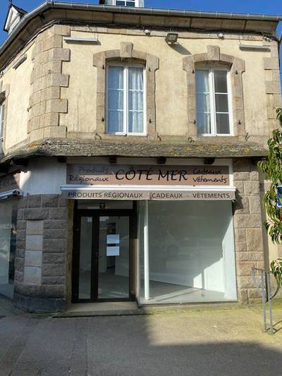 Local commercial Plouescat (29430) - 80m² - 900€