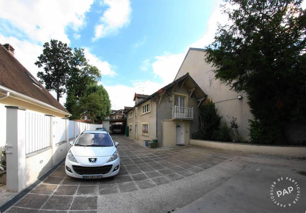 Location Appartement Combs-La-Ville (77380) 63m² 870€