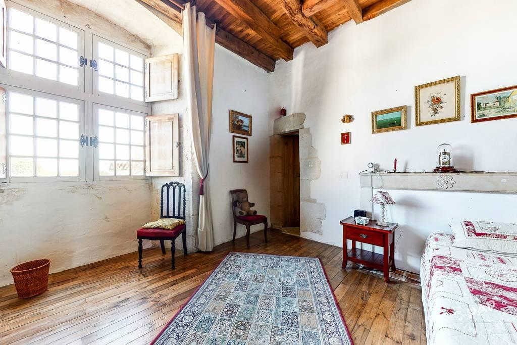 Immobilier Saint-Fraigne (16140) 399.000€ 254m²