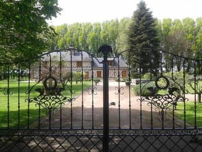 Saint-Philbert-Des-Champs (14130)