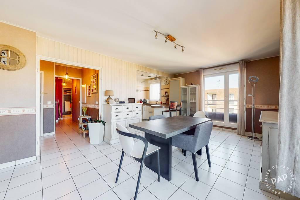 Appartement 200.000€ 74m² Courcouronnes (91080)