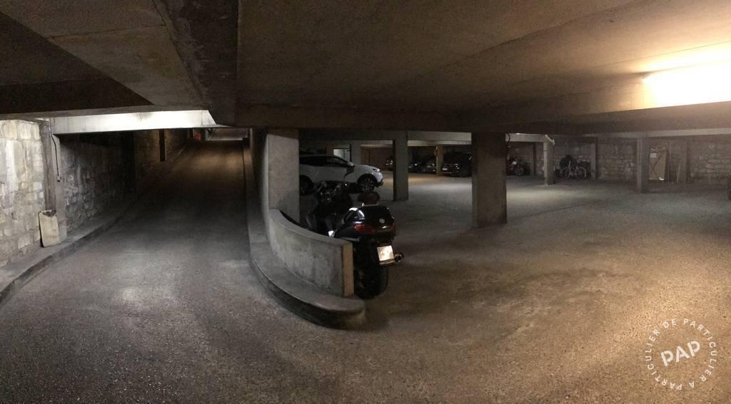 Location Garage, parking Paris 10E (75010)  135€