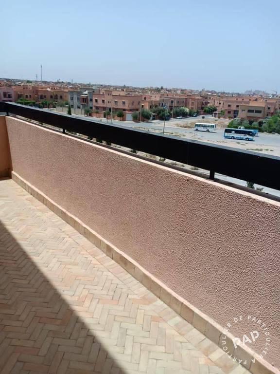 Appartement . 215.000€