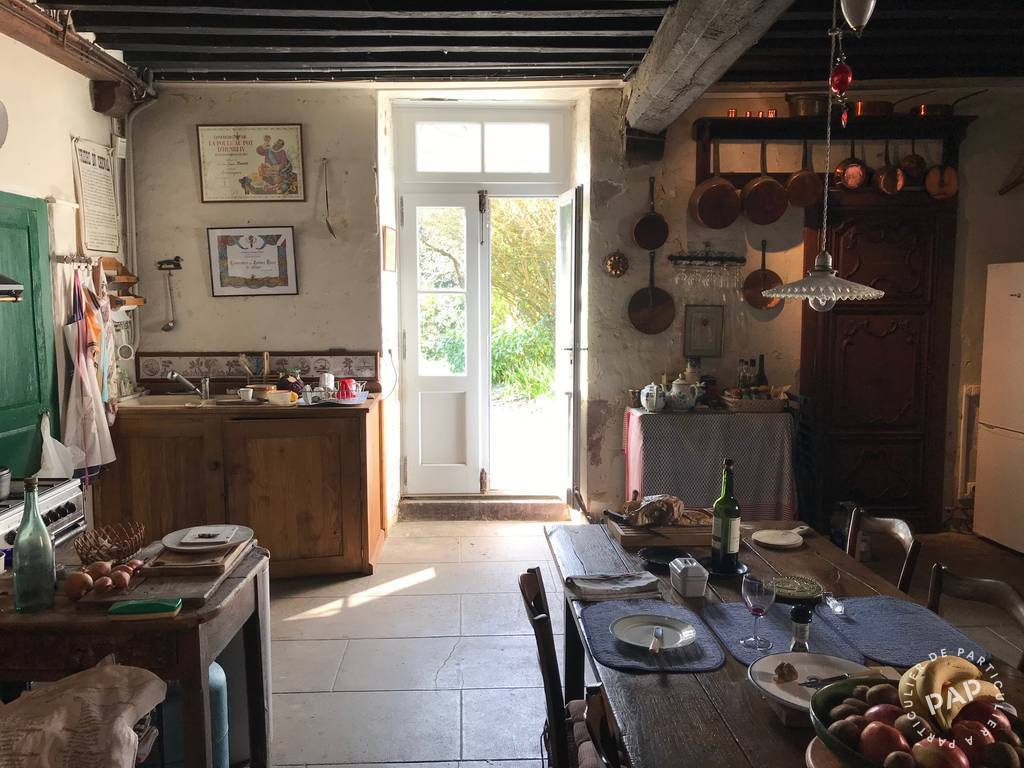 Maison Abzac (16500) 300.000€