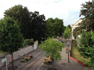 Roissy-En-France (95700)