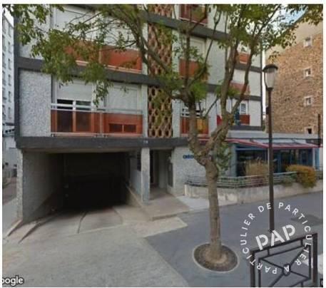 Location Garage, parking Emplacement De Parking  110€
