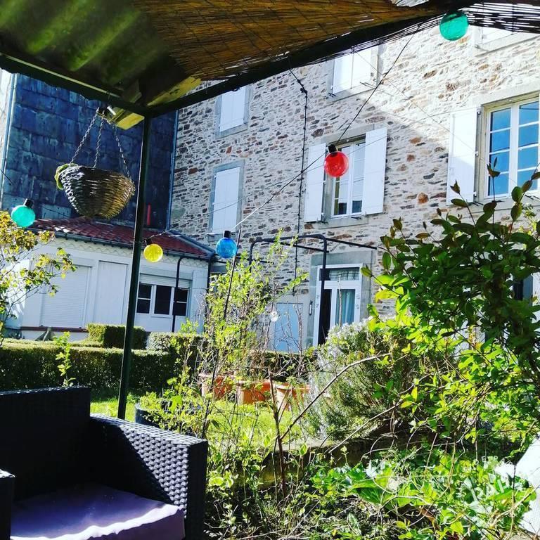 Vente immobilier 210.000€ Labastide-Rouairoux (81270)