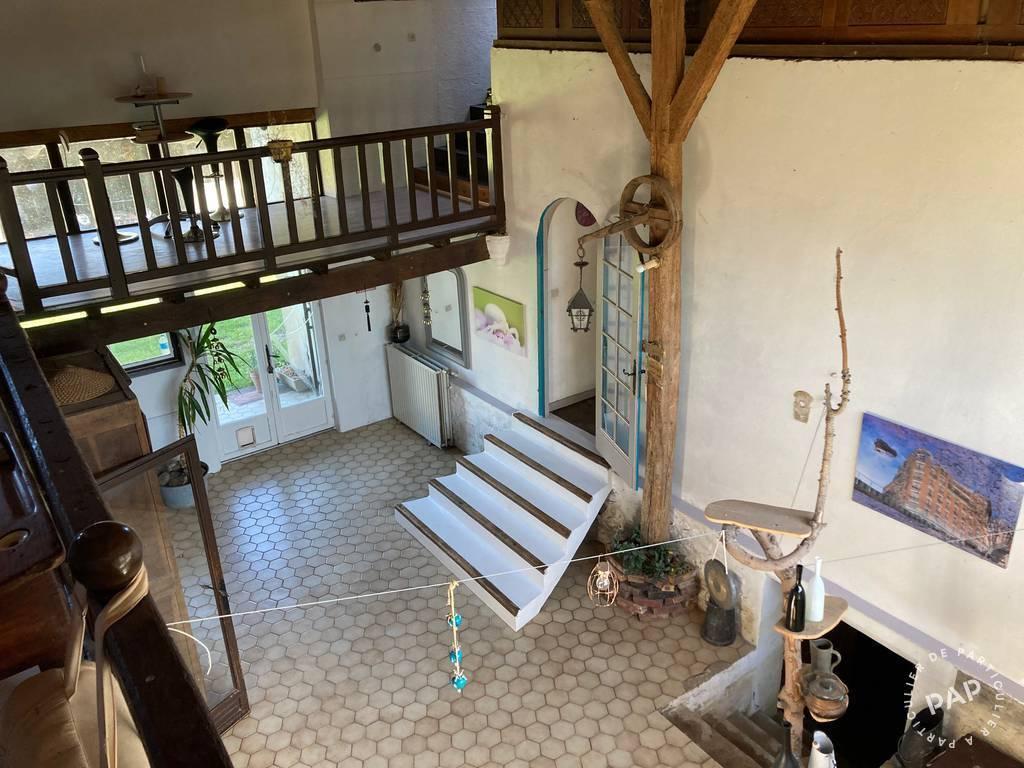 Maison 365.000€ 300m² Bassevelle (77750)