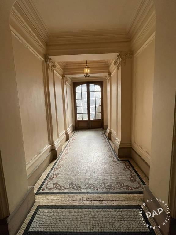 Appartement 549.000€  Paris 18E