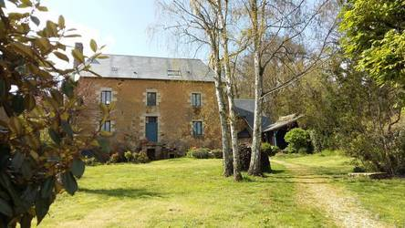 Moulins-Le-Carbonnel (72130)