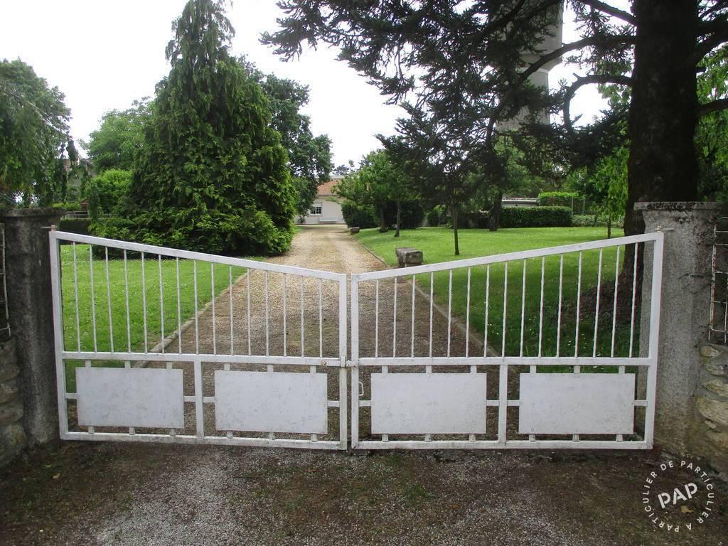 Vente Maison Et 2 Terrains - Lussac (33570) 150m² 320.000€