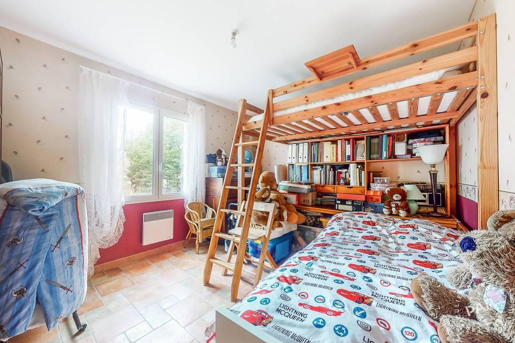 Immobilier Saint-Sauveur-De-Cruzières 359.000€ 195m²