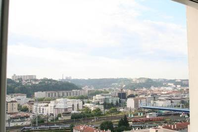 Lyon 9E (69009)