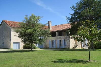 Grand-Brassac - Belle Propriété De Caractère En Périgord