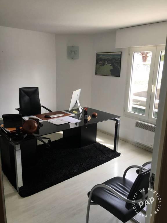 Bureaux et locaux professionnels 1.850€ 84m² Fréjus (83600)