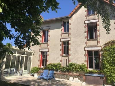 Fontenay-Le-Comte (85200)