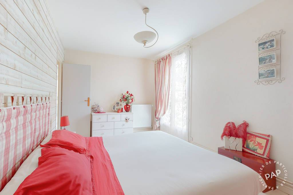 Maison 300.000€ 134m² Chauray (79180)