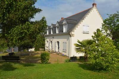 Azay-Le-Rideau (37190)