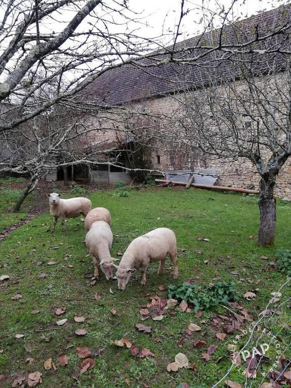 Maison Le Lardin-Saint-Lazare (24570) 230.000€