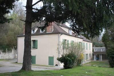 Fontaine-Le-Port (77590)