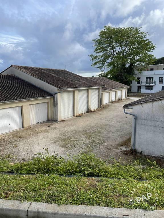 Location Garage, parking Bruges (33520)  190€