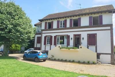 Pacy-Sur-Eure (27120)