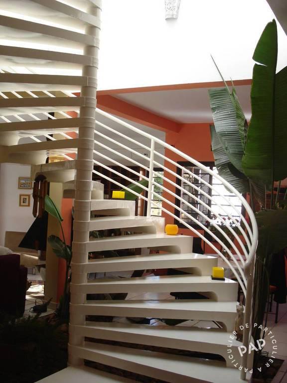 Vente Maison . 240m² 5.700.000€