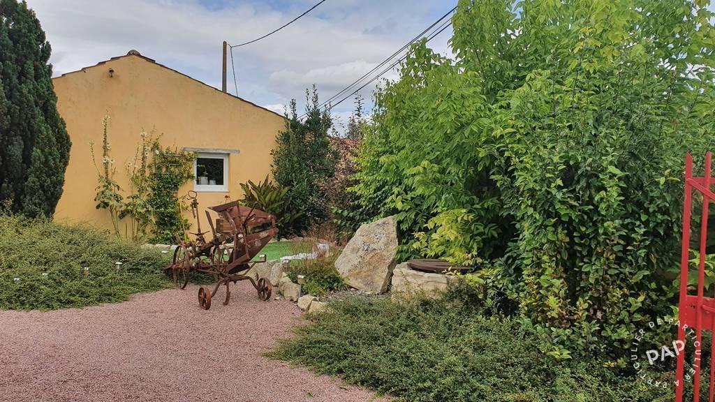 Immobilier Brioux-Sur-Boutonne (79170) 242.000€ 145m²