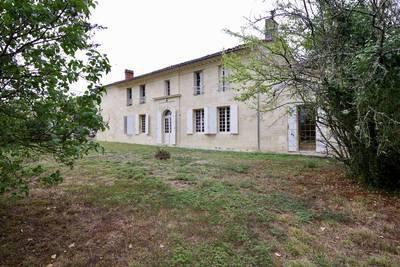 Lalande-De-Pomerol (33500)