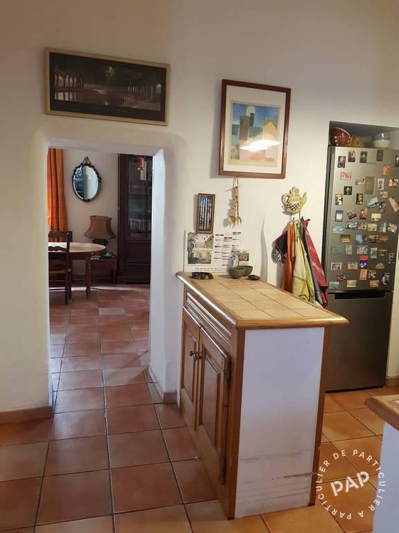 Vente immobilier 330.000€ Maison De Ville En Duplex  - Arles (13200)