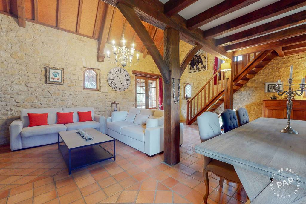 Maison 20 Minutes Sarlat 520.000€