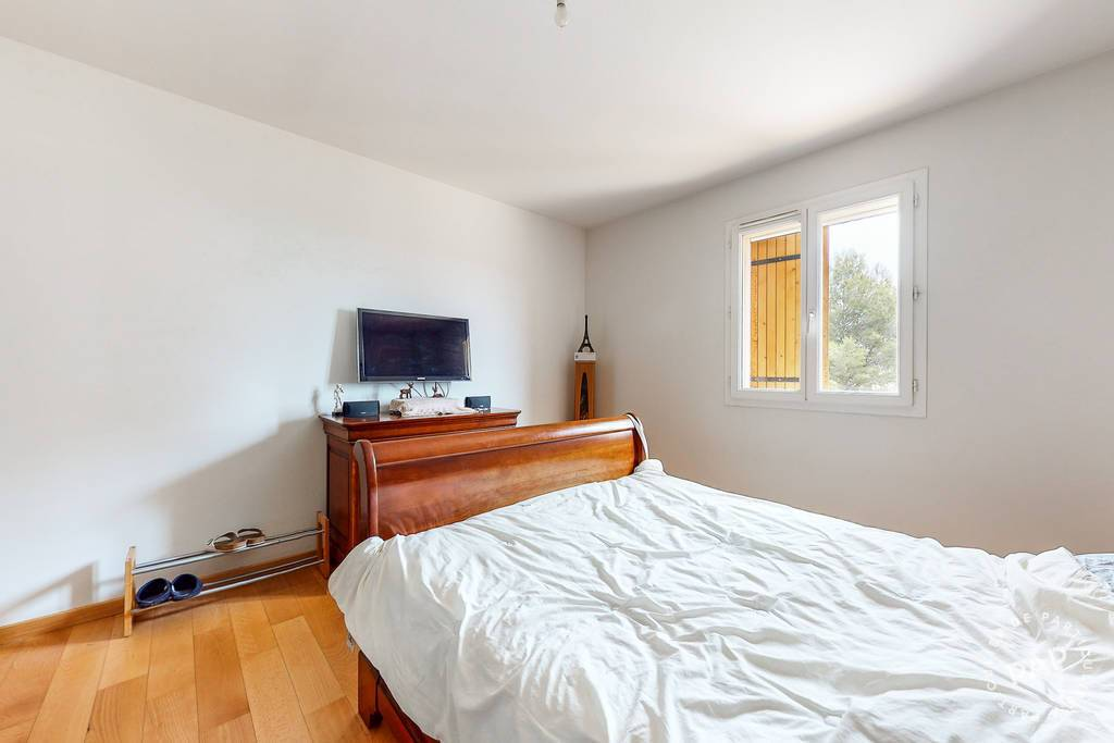 Immobilier À 15 Min De Marseille 11E 770.000€ 250m²