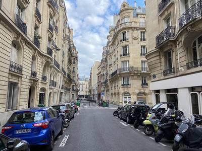 Local commercial Paris 17E (75017) - 53m² - 1.480€