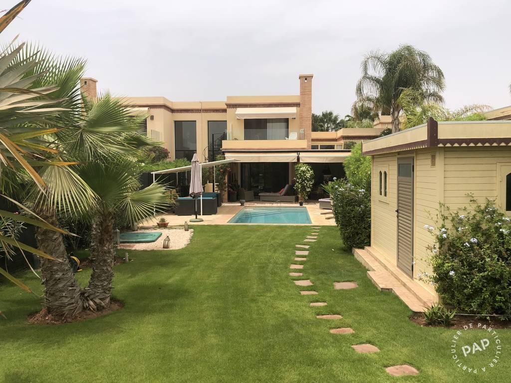 Vente Maison Villa Meublée Au Bord De L'étang 217m² 270.000€
