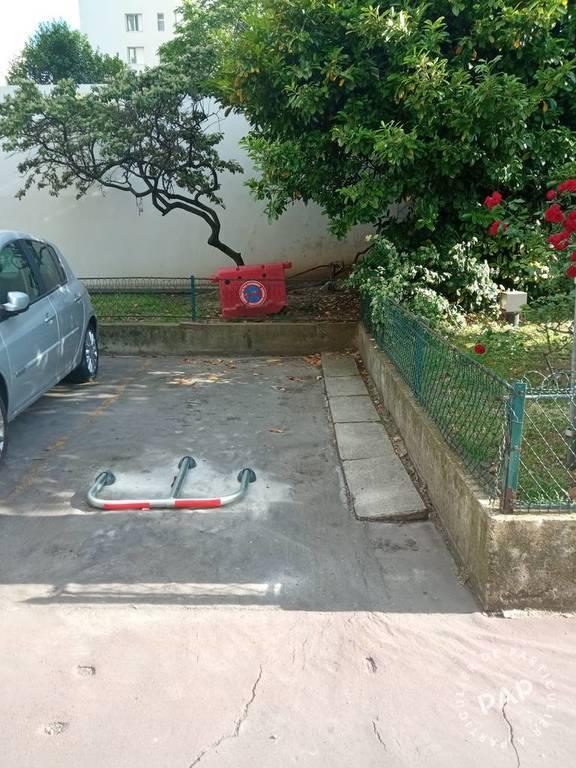 Vente Garage, parking Les Lilas (93260)  16.000€